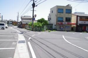5683ポイント付近の駐車場(近鉄てくてく伊本-3まっぷ)