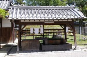 興福寺南円堂前の手水舎