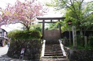 勝手神社(立入禁止)