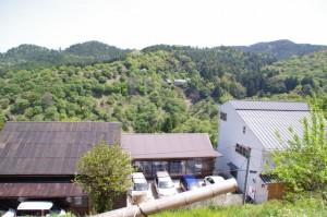 宮坂から脇道を入った場所からの風景