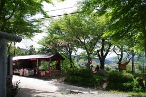 3521ポイント先の祠付近の茶屋(近鉄てくてく奈良-32まっぷ)