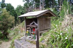 日拝地蔵(花矢倉から如意輪寺へ)