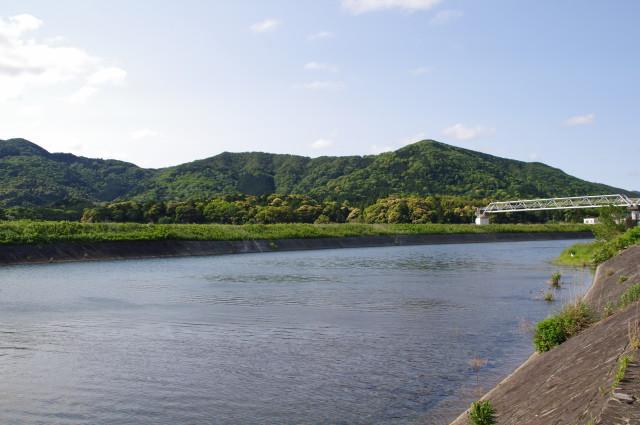 五十鈴川(五十鈴橋の下流側)