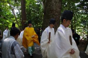 御田植初式 の終了(大土御祖神社)