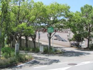 箕曲神社参道とララパーク(伊勢市小木町)