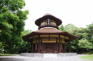 俳聖殿(上野公園)