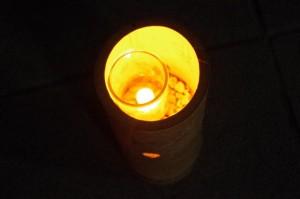 ろうそく、竹筒での照明(外宮参道)