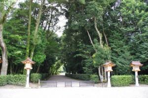 勅使館、斎館への入口(橿原神宮)
