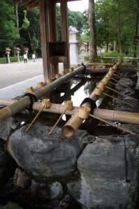 手水舎(橿原神宮末社)