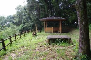 歴史の散歩道 神坂展望施設