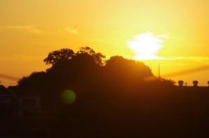 河原神社からの日の出