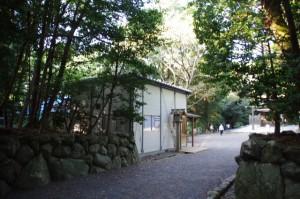 仮設の宿衛屋(月夜見宮)