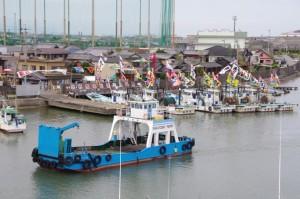 フェリーと太一御用船(神社港)