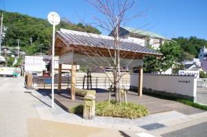 相橋付近の東屋(鳥羽市)