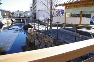 妙慶川の石垣(相橋付近、鳥羽市)