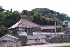 桂光院の遠望(神島)