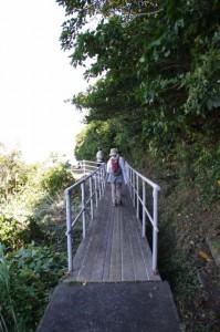 八代神社から神島灯台へ(神島)