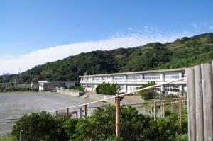 神島小学校・中学校