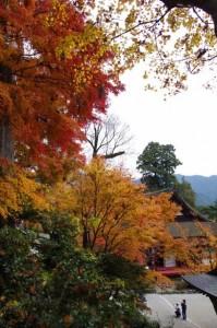 けまりの庭と(7)神廟拝所(談山神社)
