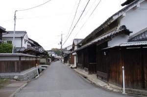 飛鳥坐神社前の街並み