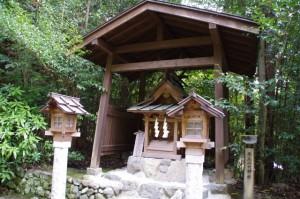 飛鳥山口神社(飛鳥坐神社)