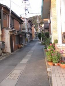 土宮神社へ(鳥羽市小浜町)
