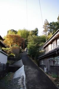 鹿海神社への坂道(伊勢市鹿海町)