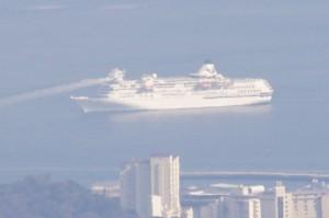 大型客船「ぱしふぃっくびいなす」