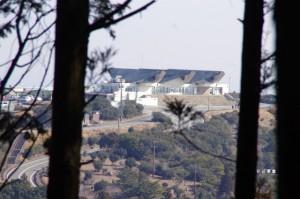 朝熊ヶ岳~金剛證寺から見える伊勢志摩スカイライン・レストハウス