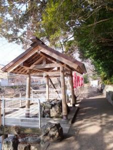 手水舎(船江上社)