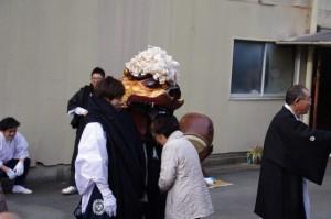 御頭神事(箕曲中松原神社)、旭印刷所横