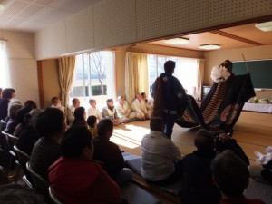 下田辺公民館(田丸神社、獅子頭の田辺地区巡幸)