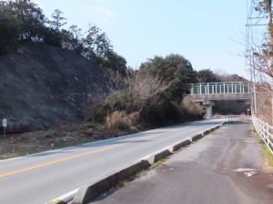 JR参宮線 池の浦シーサイド駅から松下駅へ(松下跨線橋)