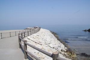 二見浦の突堤