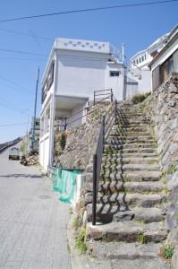 灯台の見える丘への石階(志摩市大王町)
