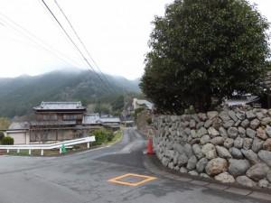 桂林寺へ(伊勢市横輪町)