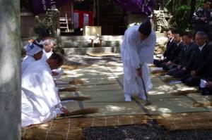 あぜ塗り、鍬形祭(九鬼岩倉神社)