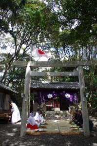一服、鍬形祭(九鬼岩倉神社)
