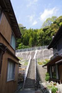増徳庵跡への階段(伊勢市二見町江)