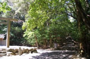 饗土橋姫神社と津長神社