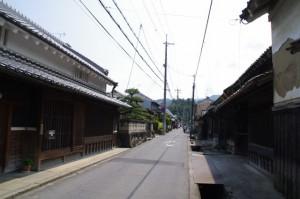 水落遺跡の道標から飛鳥坐神社へ