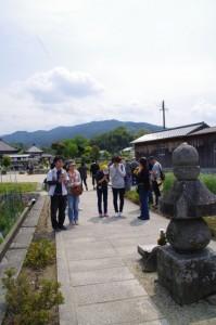 蘇我入鹿の首塚(飛鳥寺)