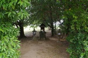 龍神社(川原寺跡)