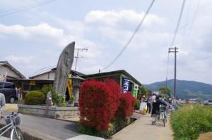 亀石(6510)付近の地蔵と常夜燈