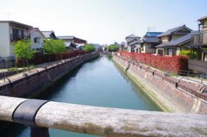 玉重橋(940)から望む住吉入江