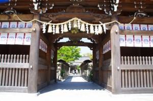 春日神社(桑名神社、中臣神社)