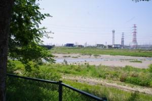 町屋橋跡(安永第一公園)から望む町屋川