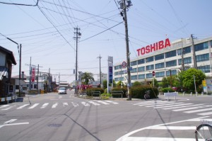 近鉄 伊勢朝日駅、東芝産業機器製造株式会社
