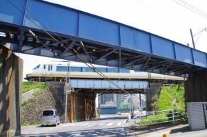 三岐鉄道、近鉄名古屋線の高架(10985)