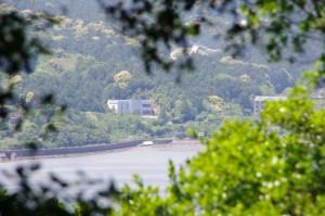 池の浦側の風景、マコンデ美術館(大日和山付近)